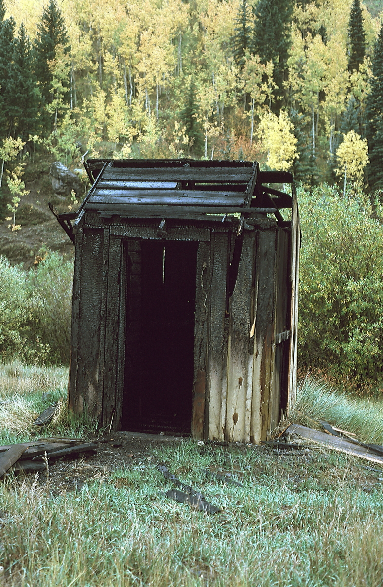 telluride outhouse 20000 resize.JPG