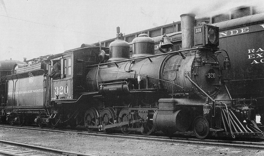 D&RGW 320 Montrose 5-1933 Nixon Photo.jpg