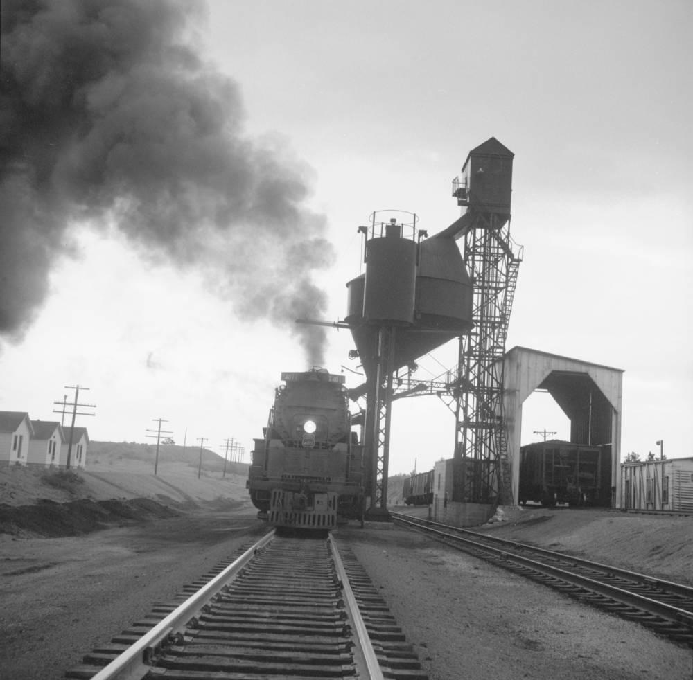 Harriman coal tower.jpg