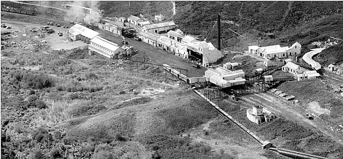 Glen_Afton_colliery_and_railway.jpg