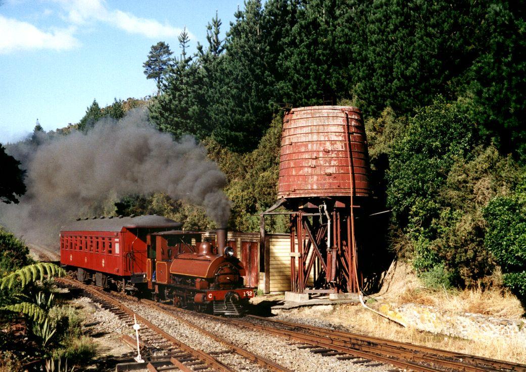 Silver_Stream_Railway_-_2002-03-06.jpg