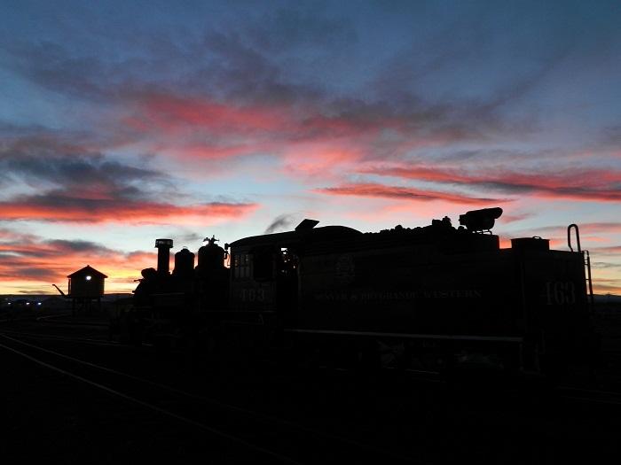 463 at sunset Antonito tank.jpg