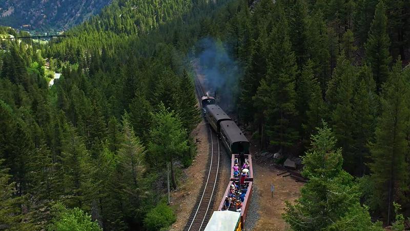 07-19-19departinghalltunnelthumbnail.jpg