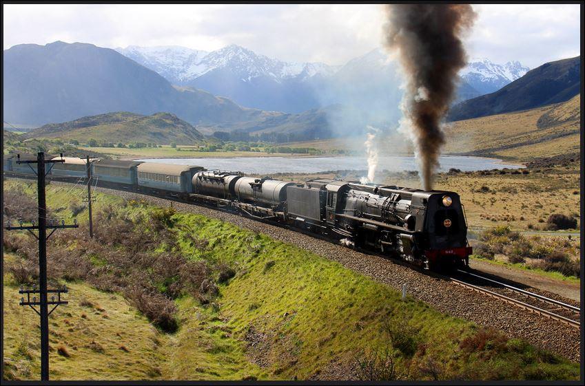 Ka942 hauls a Mainline Steam excursion up Cass Bank..JPG