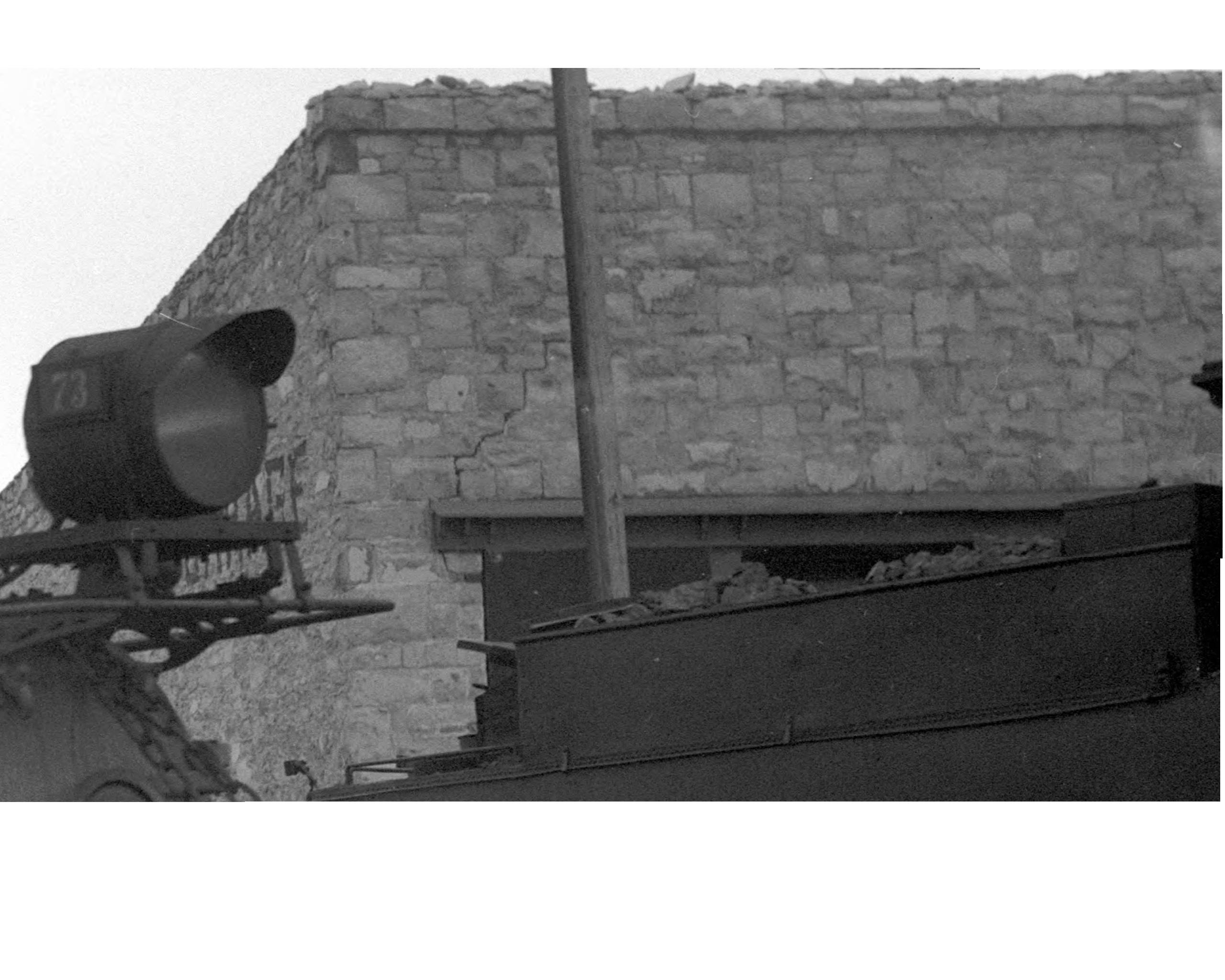 Stone Garage 4-9-37.jpg