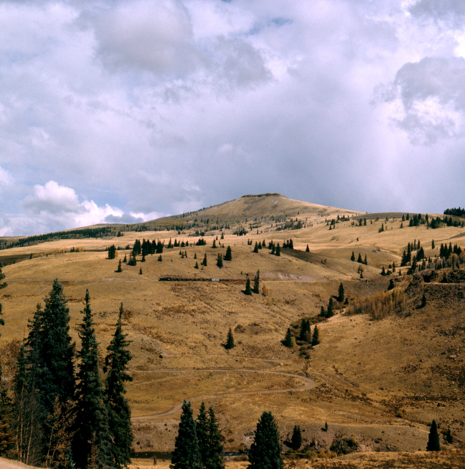 1970-10-04 C&TS WB Osier Mountain.jpg